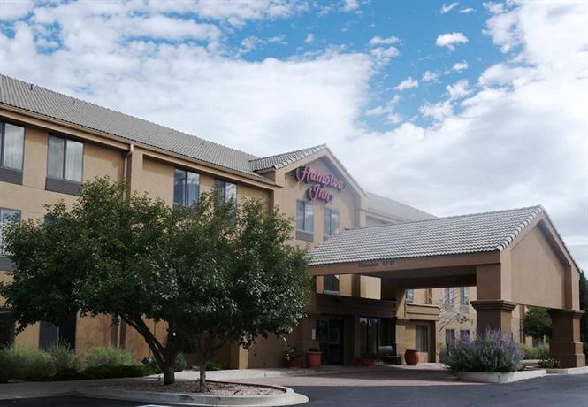 Photo 2 - Hampton Inn Colorado Springs Airport