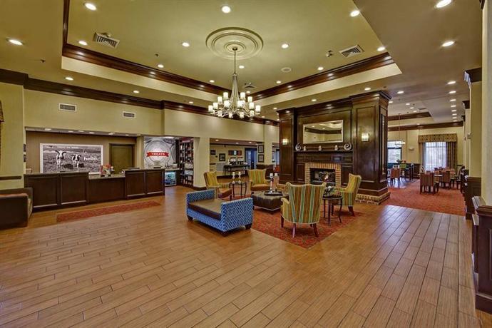 Photo 2 - Hampton Inn and Suites Asheville-I-26
