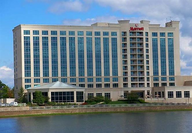 Photo 2 - Marriott Indianapolis North