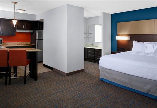 Photo 3 - Residence Inn Cleveland Independence