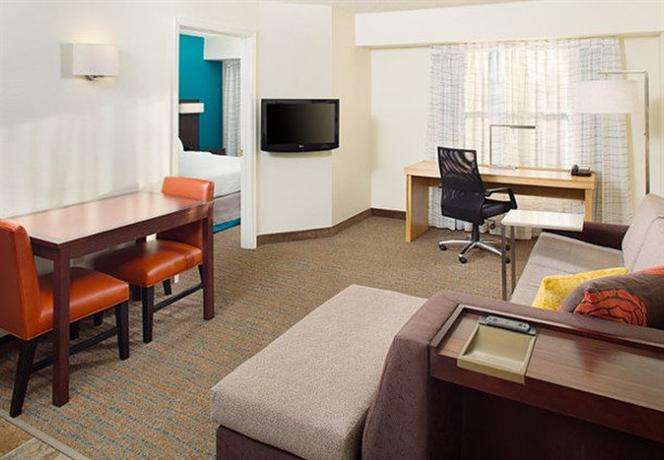 Photo 3 - Residence Inn Richmond Northwest