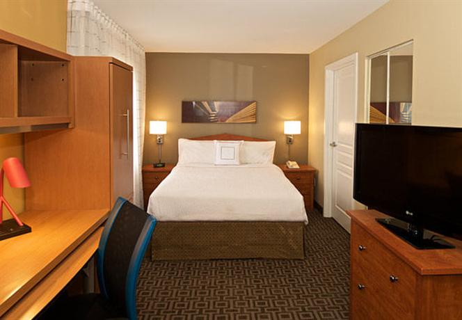 Photo 3 - TownePlace Suites Seattle Southcenter