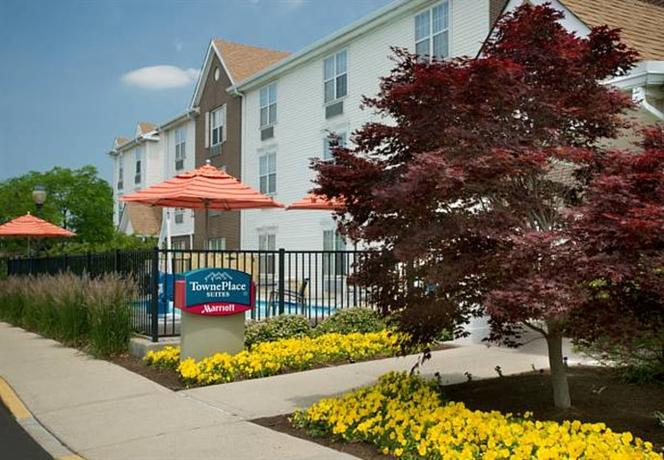 Photo 1 - TownePlace Suites Cincinnati Blue Ash