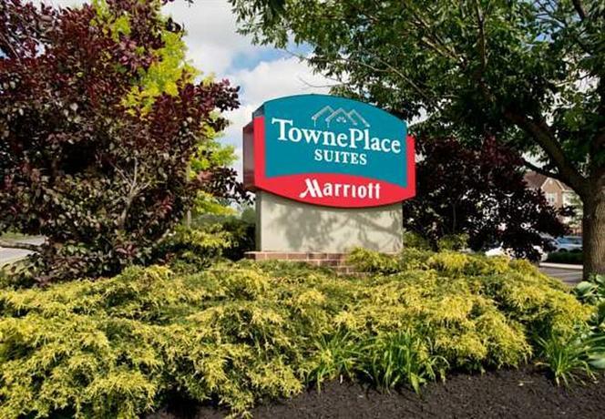 Photo 2 - TownePlace Suites Cincinnati Blue Ash