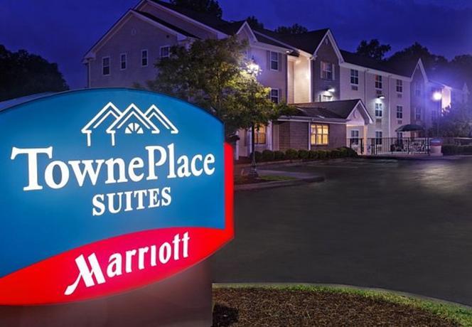 Photo 1 - TownePlace Suites Savannah Midtown
