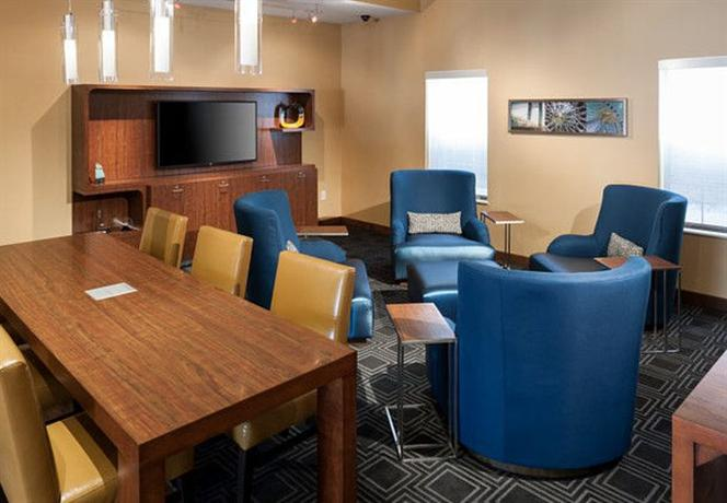 Photo 3 - TownePlace Suites Dallas Las Colinas