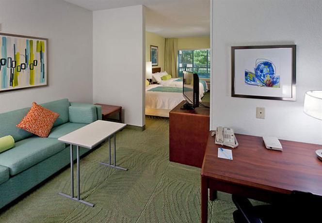 Photo 3 - SpringHill Suites Arlington