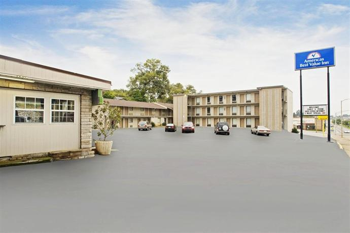 Photo 1 - Americas Best Value Inn - Knoxville Chilhowie