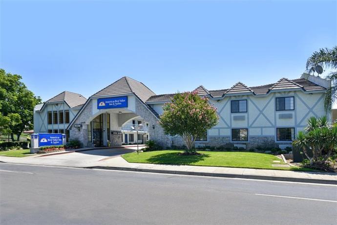 Americas best value inn suites ontario california for Ontario motor inn ontario ca
