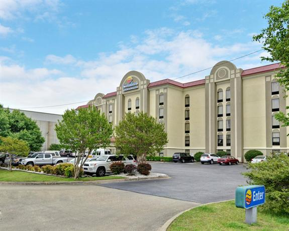 Photo 1 - Comfort Inn & Suites Airport Little Rock