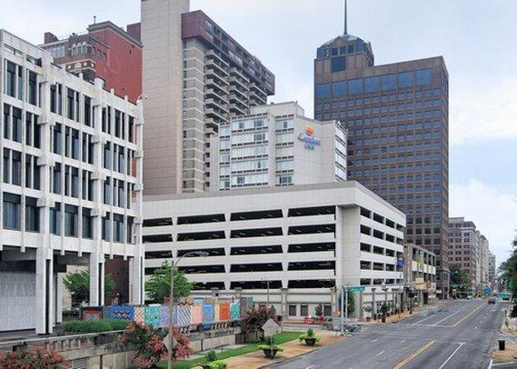 Photo 1 - Comfort Inn Downtown Memphis