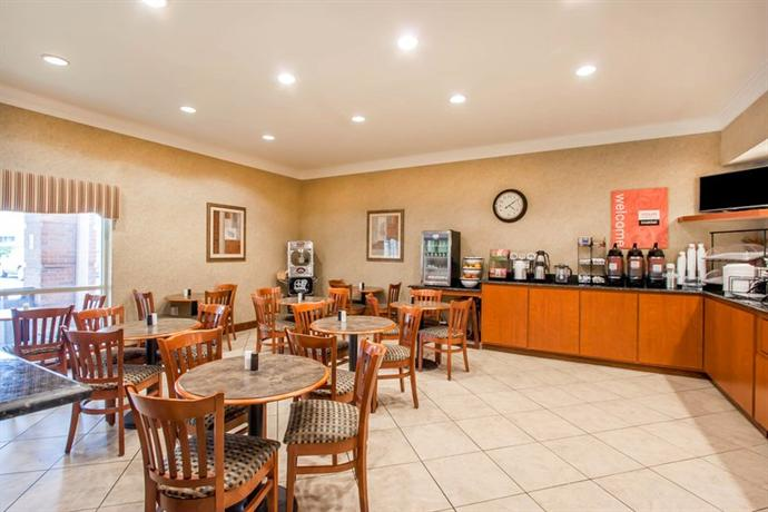 Photo 1 - Comfort Inn & Suites Germantown (Tennessee)
