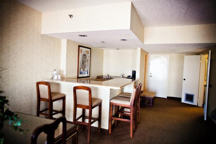 Photo 2 - Radisson Hotel Lubbock Downtown