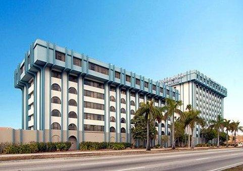 Photo 1 - Clarion Inn & Suites Miami International Airport