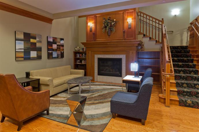 Photo 2 - Country Inn and Suites Linthicum