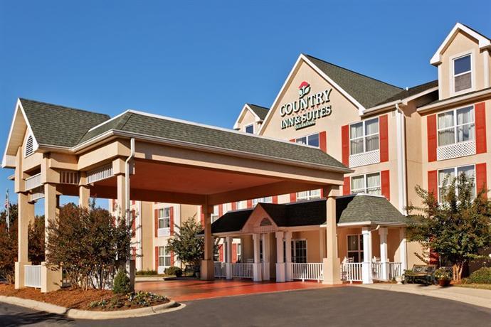 Photo 1 - Country Inn & Suites Charlotte Matthews