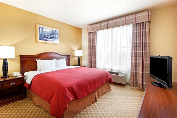 Photo 2 - Country Inn & Suites Harrisburg Northeast