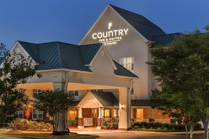 Photo 1 - Country Inn & Suites Chester