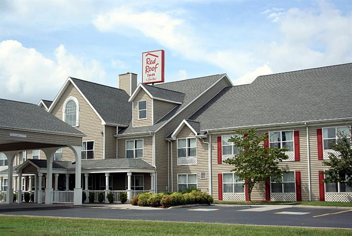 Photo 1 - Red Roof Inn & Suites Knoxville East