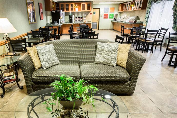 Photo 3 - Comfort Suites Wilmington (North Carolina)