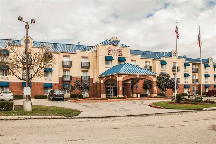 Photo 2 - Comfort Suites San Antonio at Rittiman