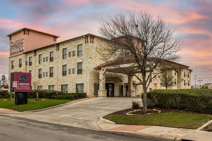 Photo 1 - Comfort Suites Sea World Lackland
