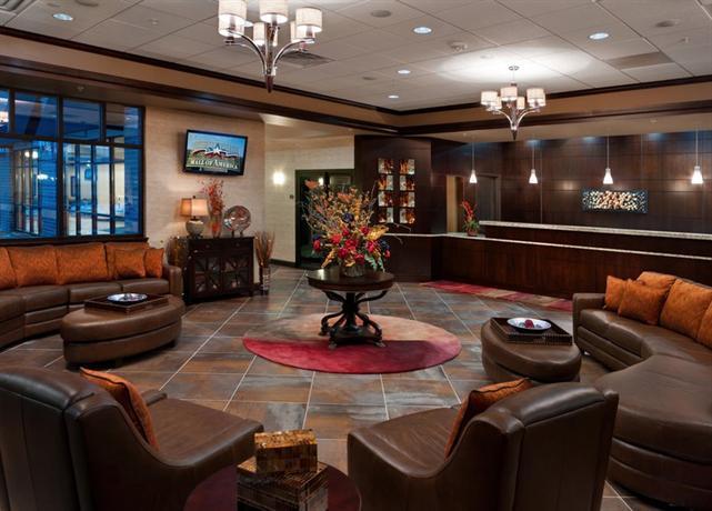 Photo 1 - BEST WESTERN PLUS Bloomington Hotel