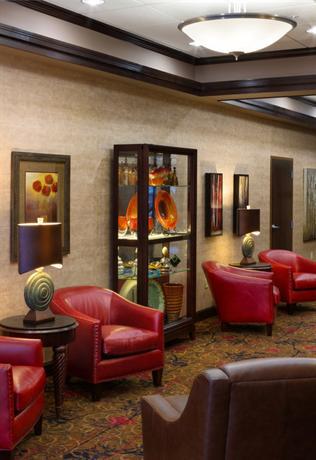 Photo 2 - BEST WESTERN PLUS Bloomington Hotel