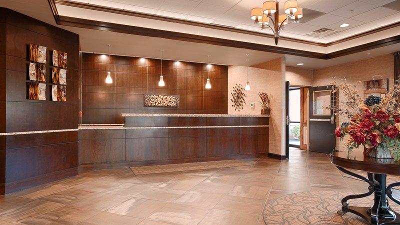 Photo 3 - BEST WESTERN PLUS Bloomington Hotel