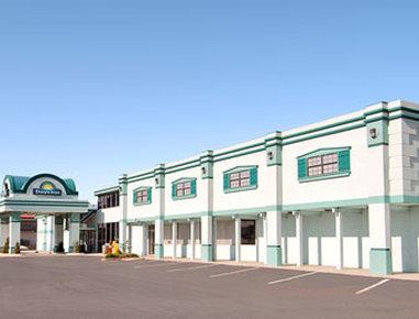 Photo 1 - Days Inn Oklahoma City Northwest