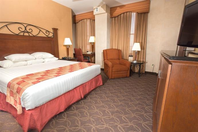 Photo 3 - Drury Plaza Hotel Riverwalk