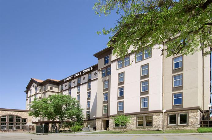 Photo 2 - Drury Inn & Suites San Antonio North