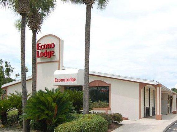 Photo 1 - Econo Lodge Orange Park