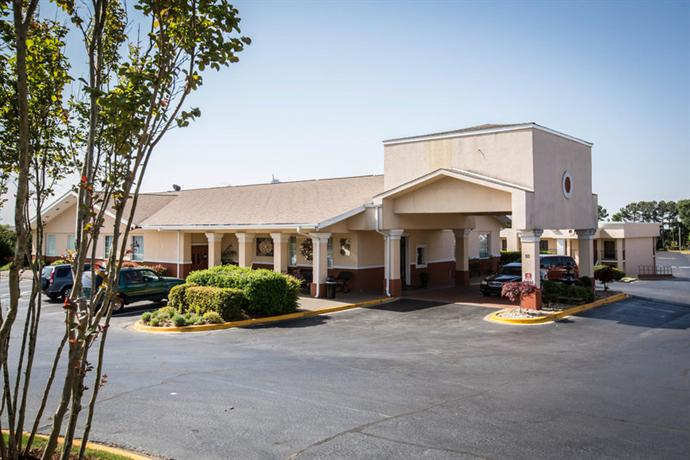 Photo 2 - Clarion Inn & Suites Greenville