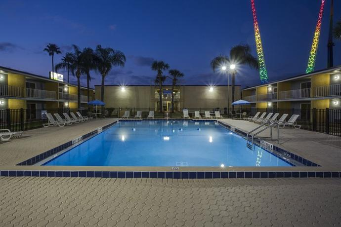 Photo 3 - Celebration Suites Old Town Kissimmee