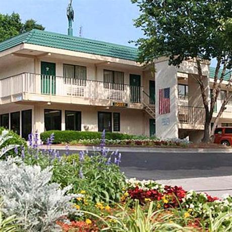 Photo 1 - Masters Inn Doraville