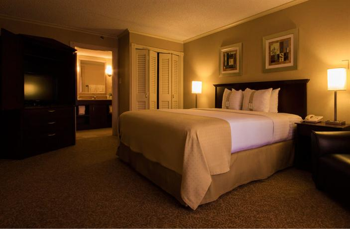 Photo 2 - Holiday Inn Sunland Park El Paso