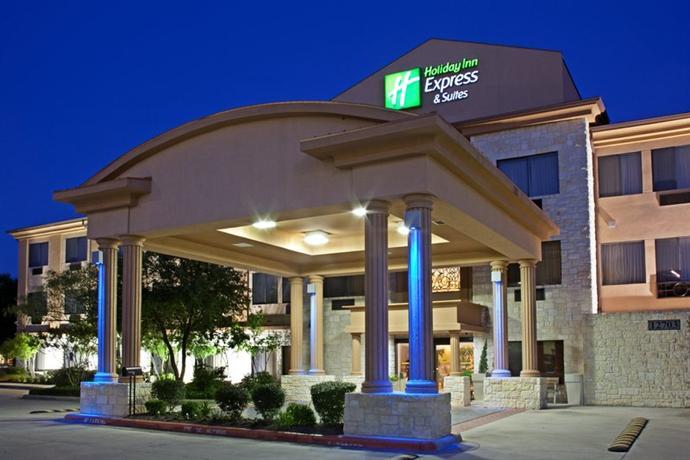 Photo 1 - Holiday Inn Express Hotel & Suites Northwest Austin