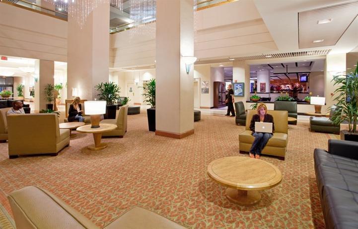 Photo 2 - Millennium Hotel Cincinnati