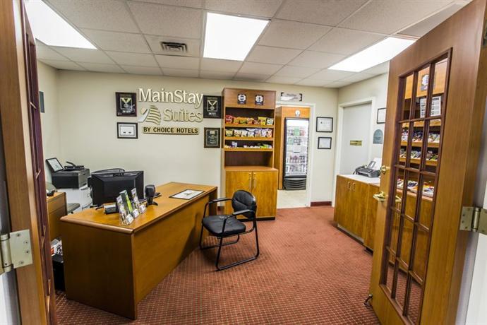 Photo 2 - Mainstay Suites Wilmington (North Carolina)