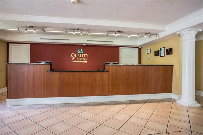 Photo 3 - Quality Inn & Suites Charlotte Airport