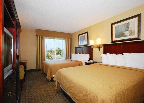 Photo 2 - Quality Inn & Suites Bensalem