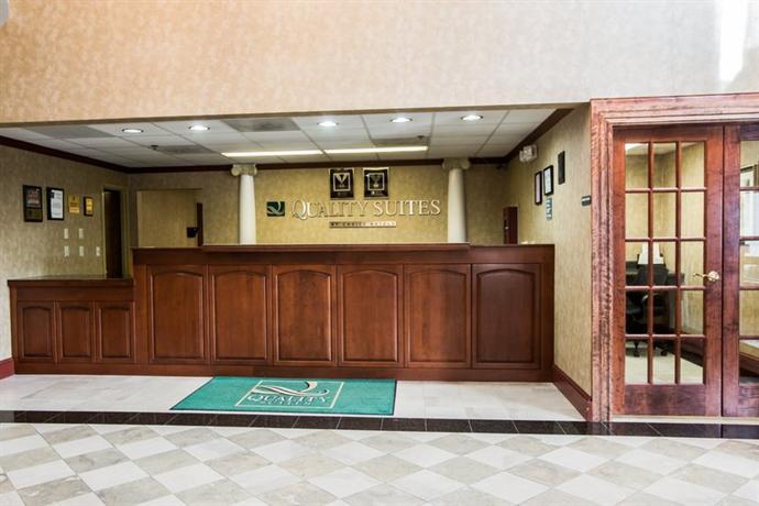 Photo 3 - Quality Suites Pineville (North Carolina)