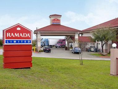 Photo 1 - Ramada Limited Dallas