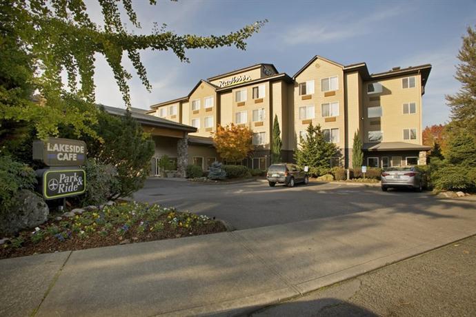 Photo 1 - Radisson Hotel Portland Airport