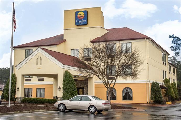 Photo 2 - Comfort Inn Fayetteville