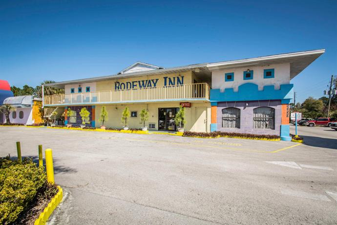 Photo 1 - Rodeway Inn Kissimmee
