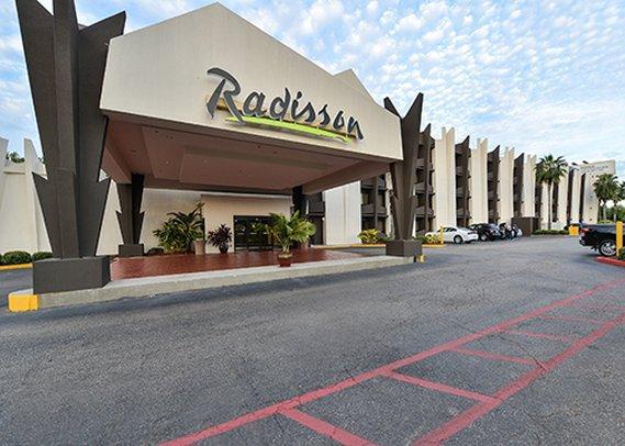 radisson hotel baton rouge 2445 south acadian thruway. Black Bedroom Furniture Sets. Home Design Ideas