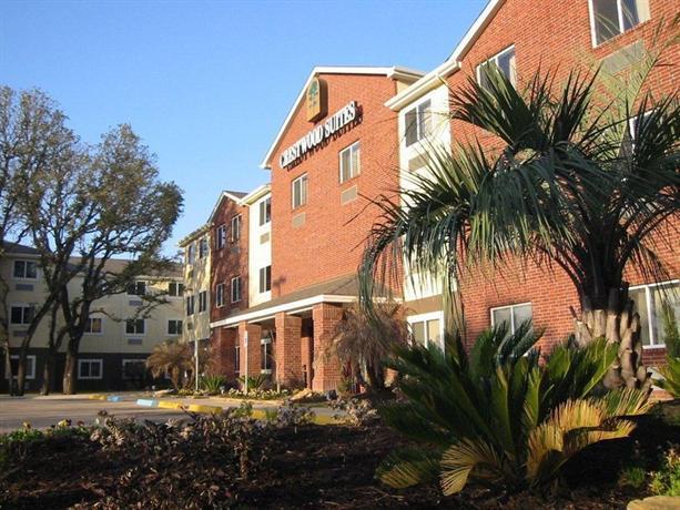 Photo 1 - Crestwood Suites Austin