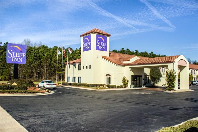 Photo 1 - Sleep Inn Fayetteville (North Carolina)